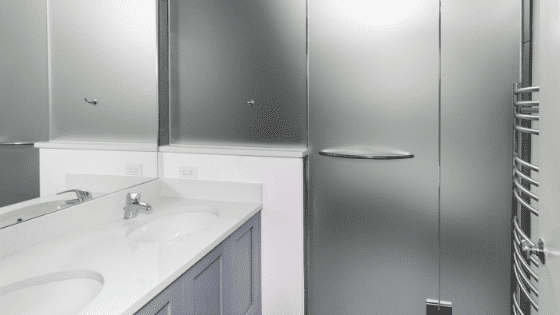 5 Ways To Use Glass In Your Bathroom