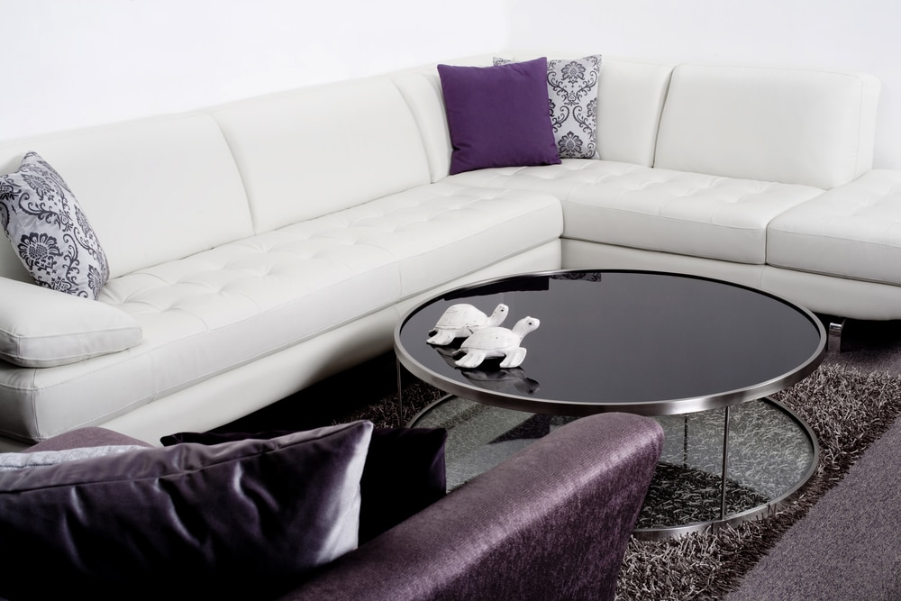 4 Reasons Interior Designers Love Glass Table Tops