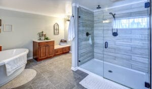 Types of Glass Shower Doors for your Bathroom